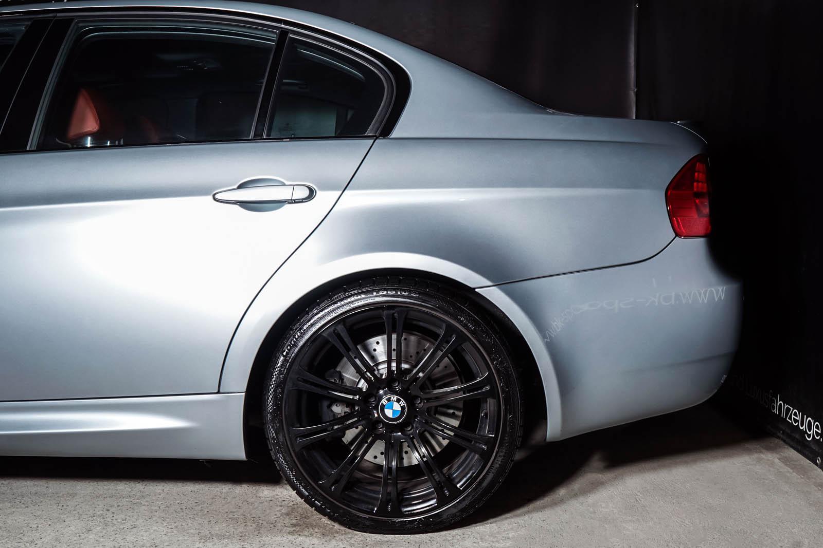 bmw_m3_e90_carbon_individual_dekra_BMW-1390