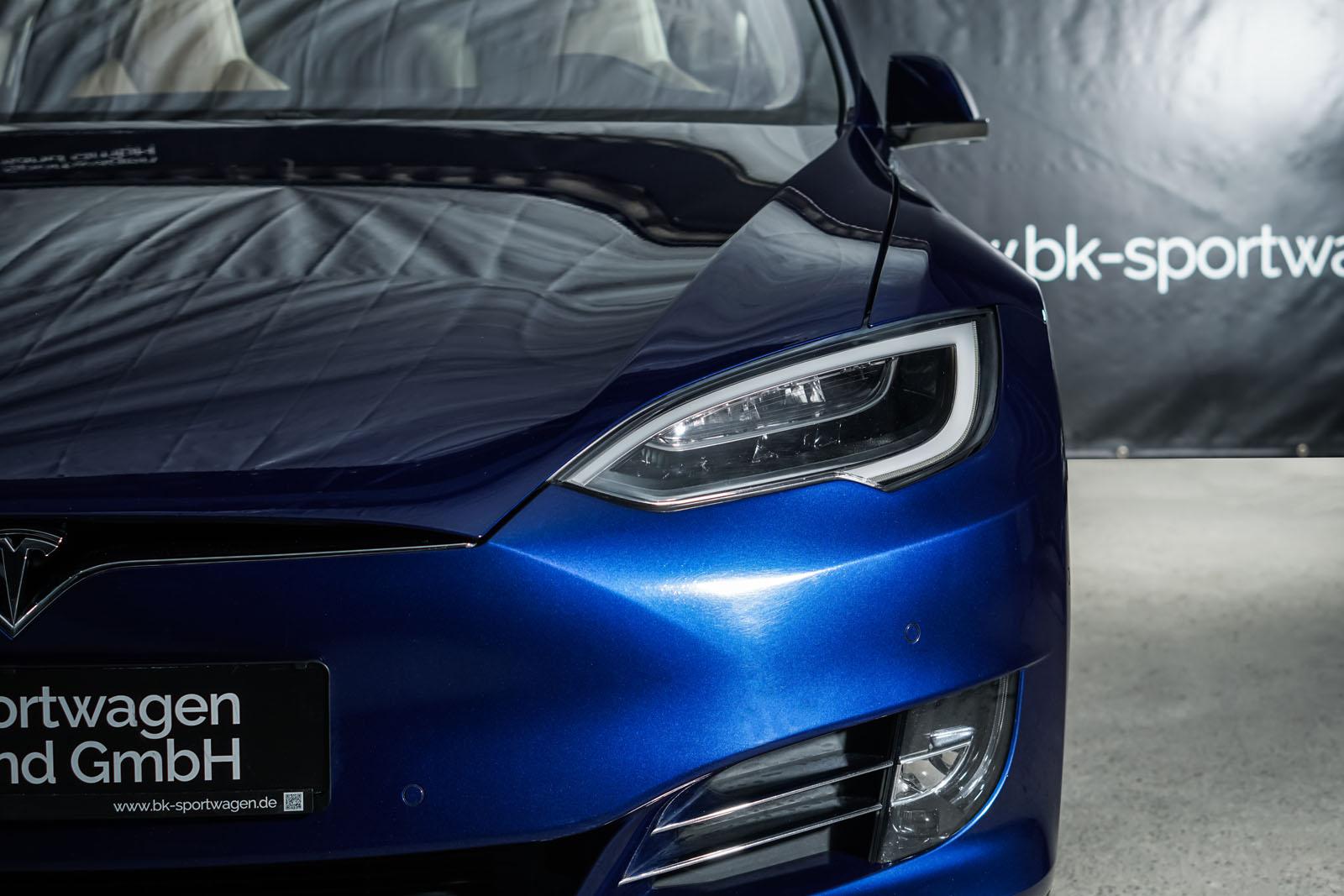 Tesla_ModelS_90D_Blau_Beige_TES-5091_13_w