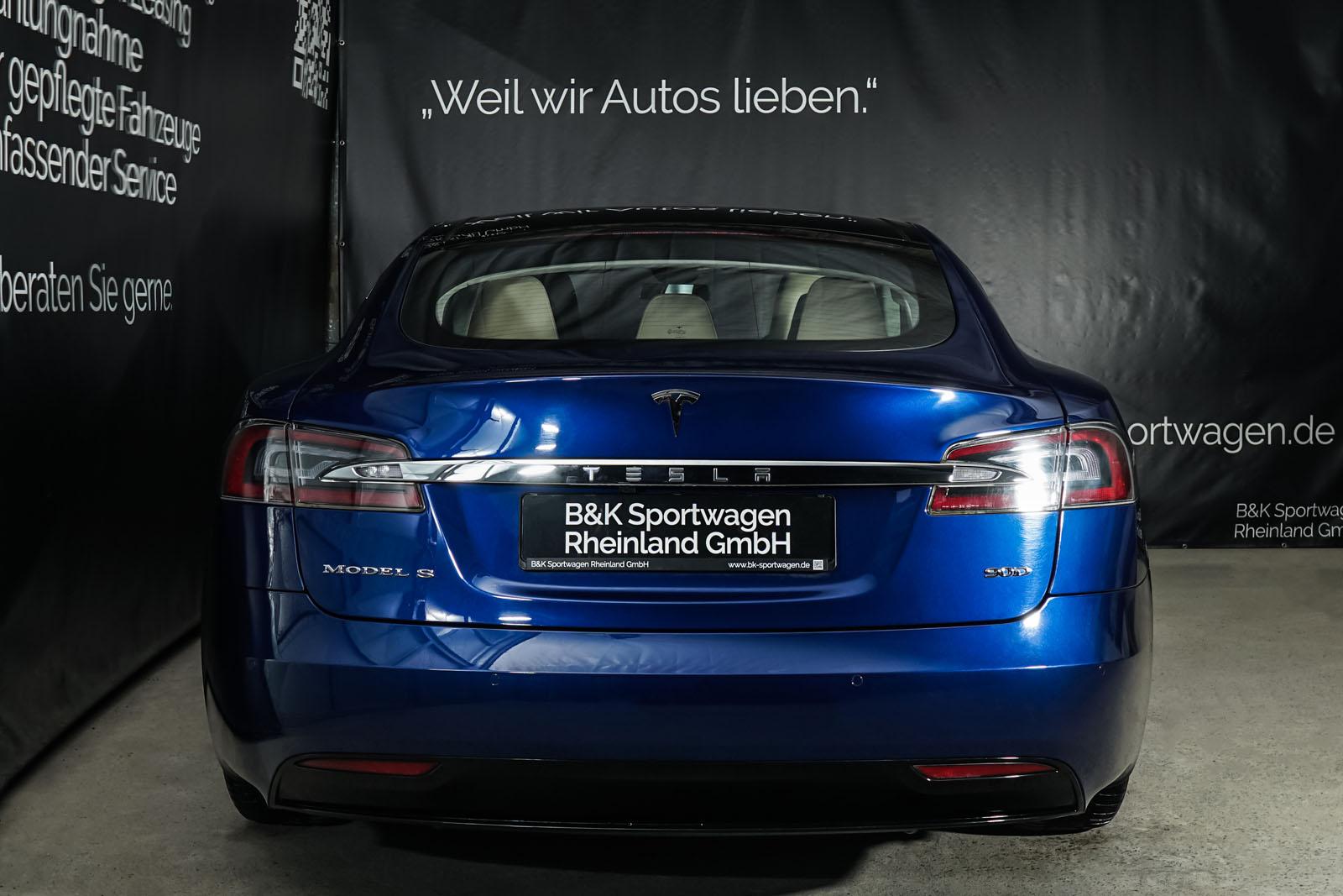 Tesla_ModelS_90D_Blau_Beige_TES-5091_15_w