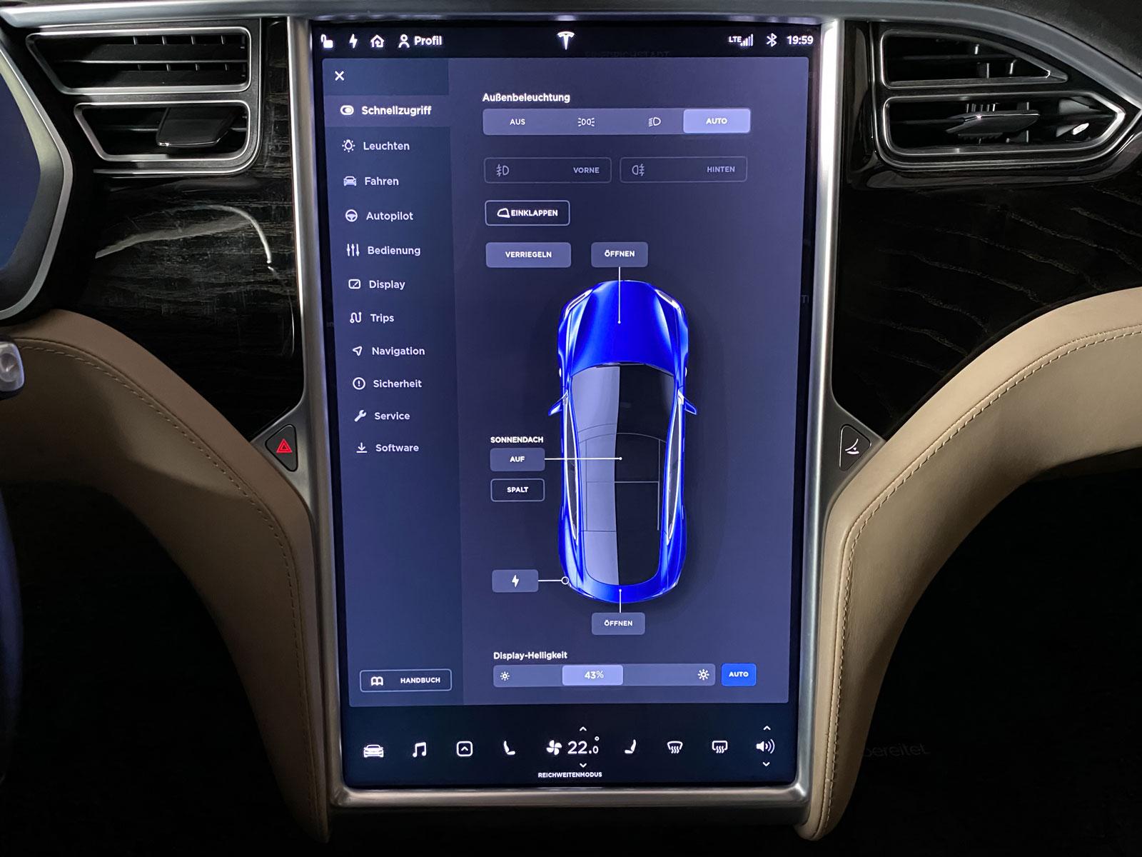 Tesla_ModelS_90D_Blau_Beige_TES-5091_22_w
