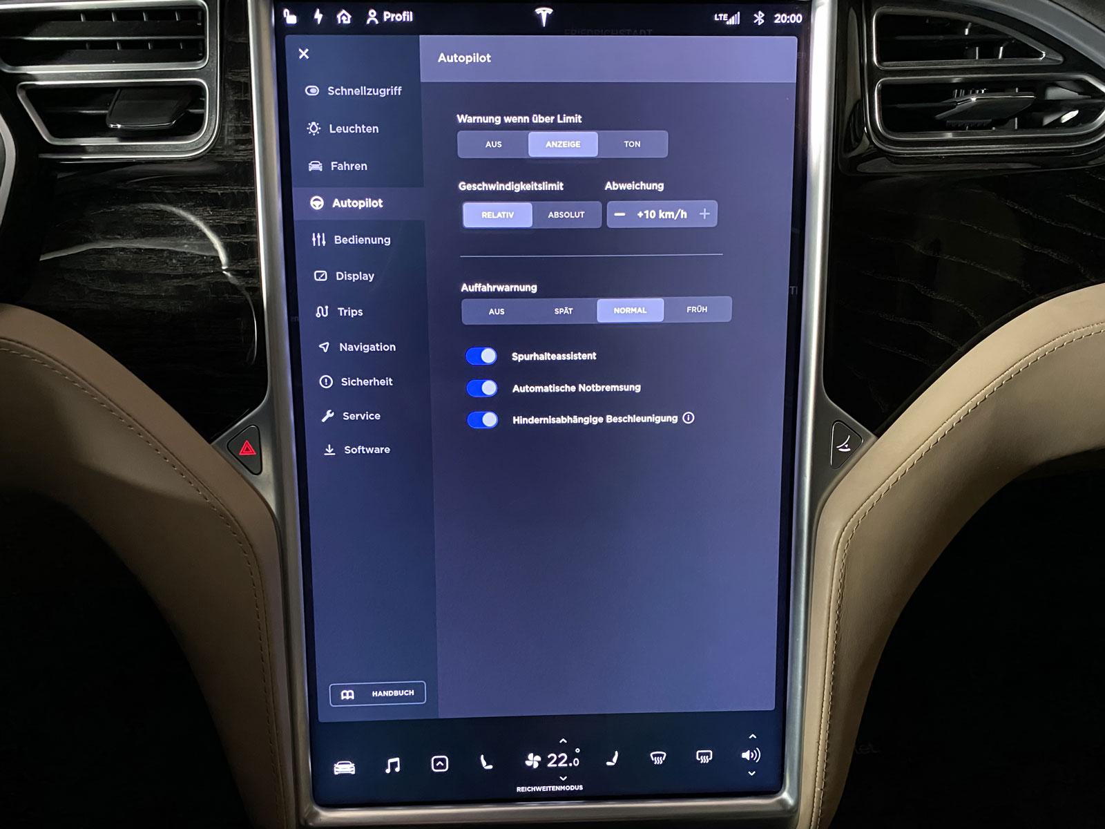 Tesla_ModelS_90D_Blau_Beige_TES-5091_23_w