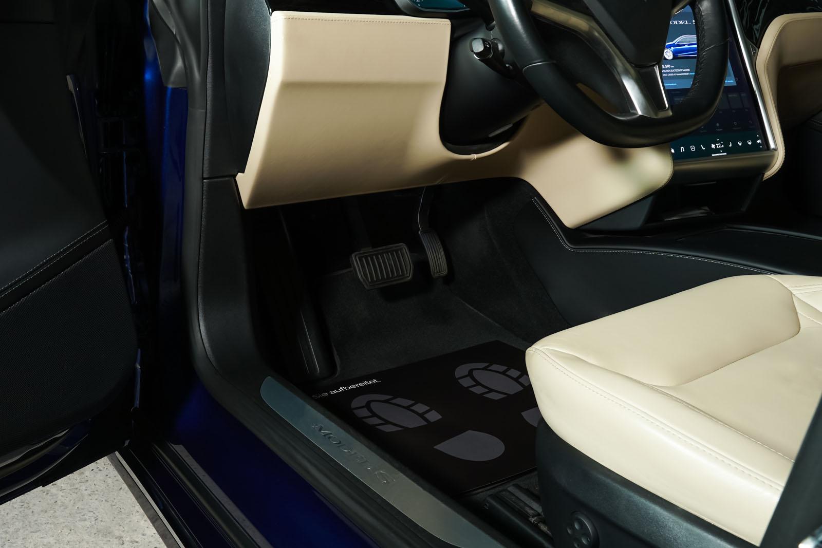 Tesla_ModelS_90D_Blau_Beige_TES-5091_7_w