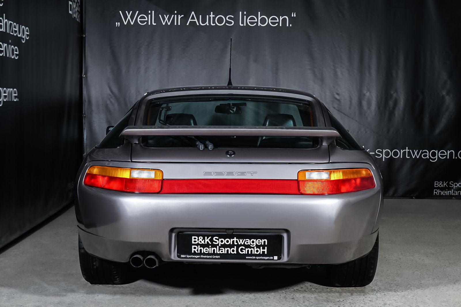 Porsche_928_Grau_Schwarz_POR-0325_13_w
