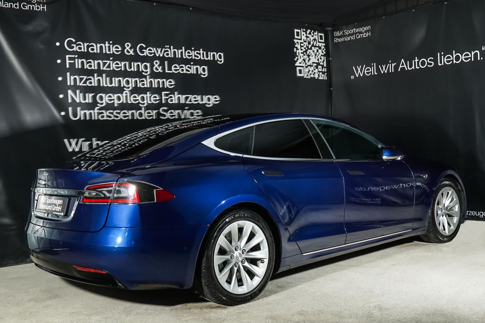 Tesla_ModelS_75RWD_Blau_Schwarz_TES-5563_17_w