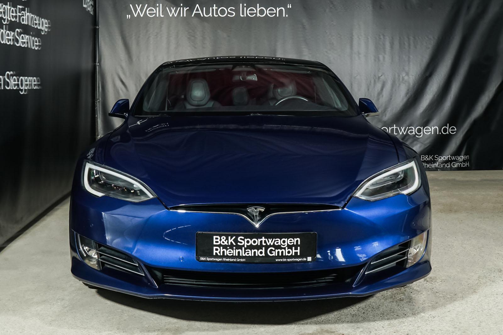Tesla_ModelS_75RWD_Blau_Schwarz_TES-5563_1_w