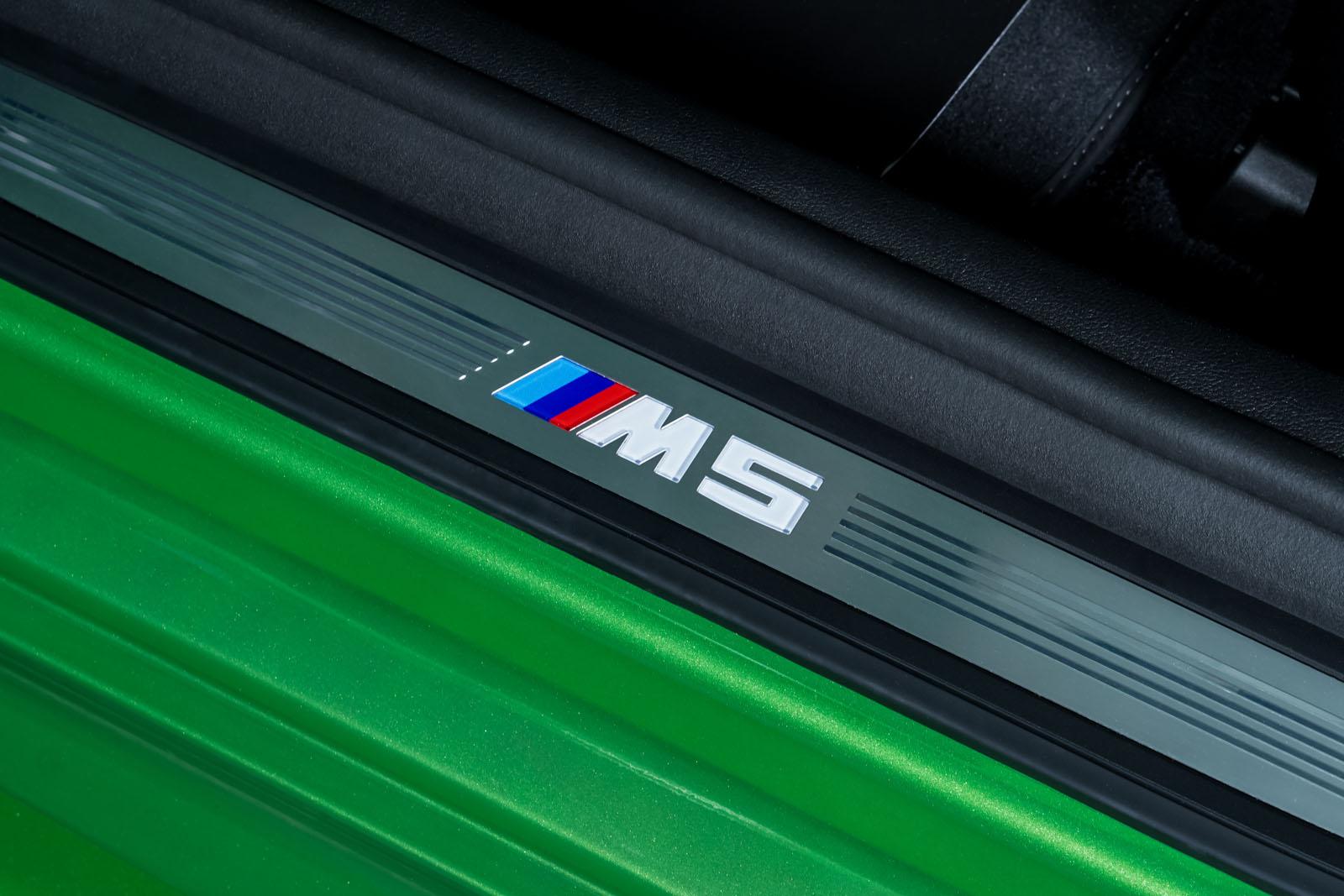 BMW-M5_Competition_Grün_Schwarz_BMW-7822_11_w