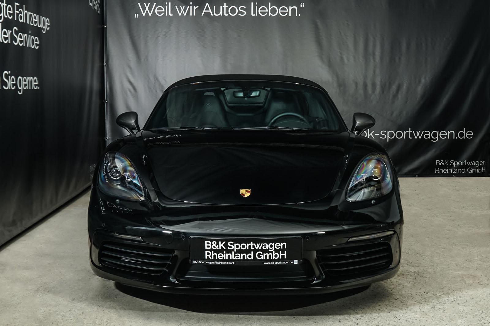 Porsche_718_BoxsterT_Schwarz_Schwarz_POR-1718_1_w