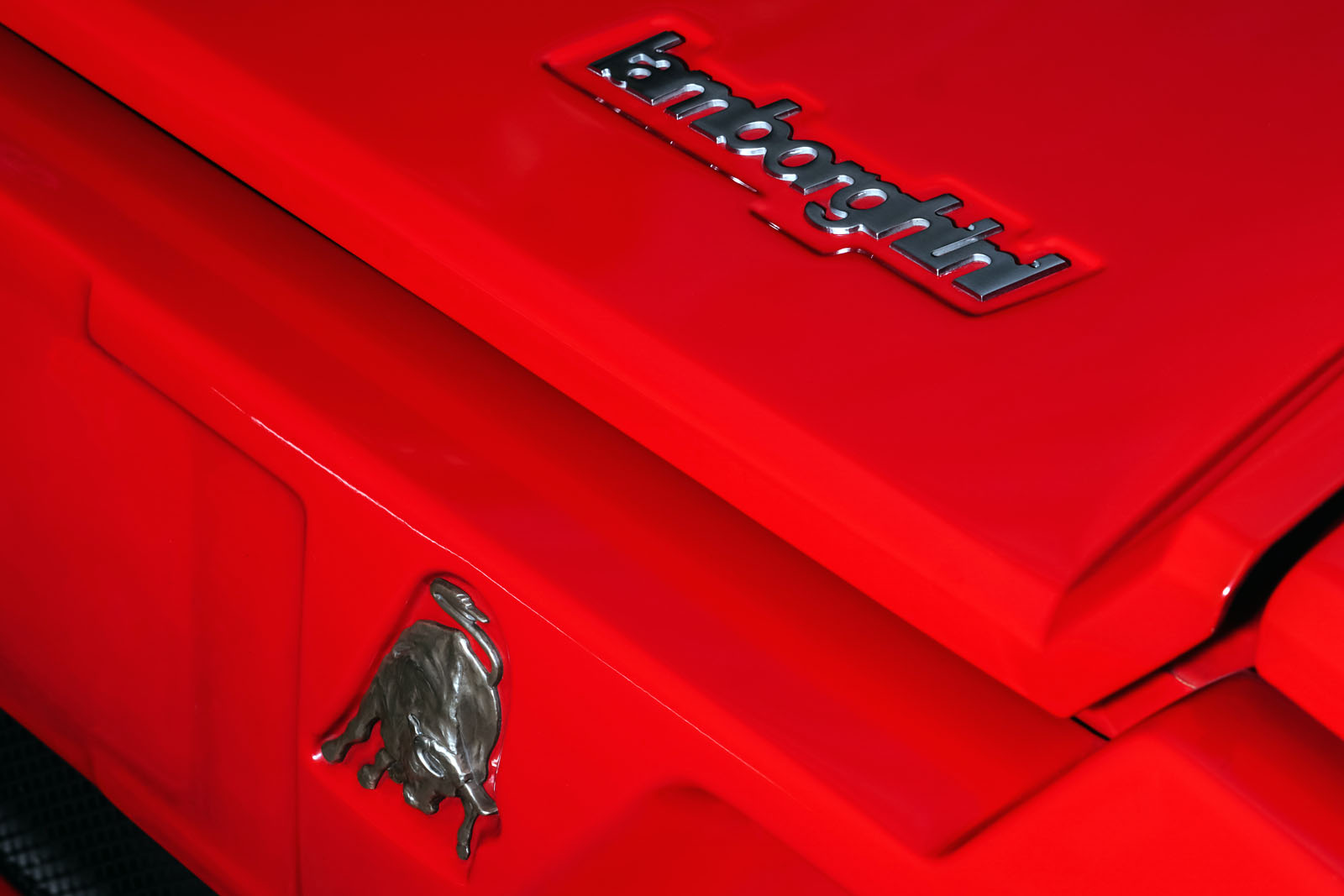 Lamborghini_Countach_Rot_Schwarz_LAM-2811_22_w