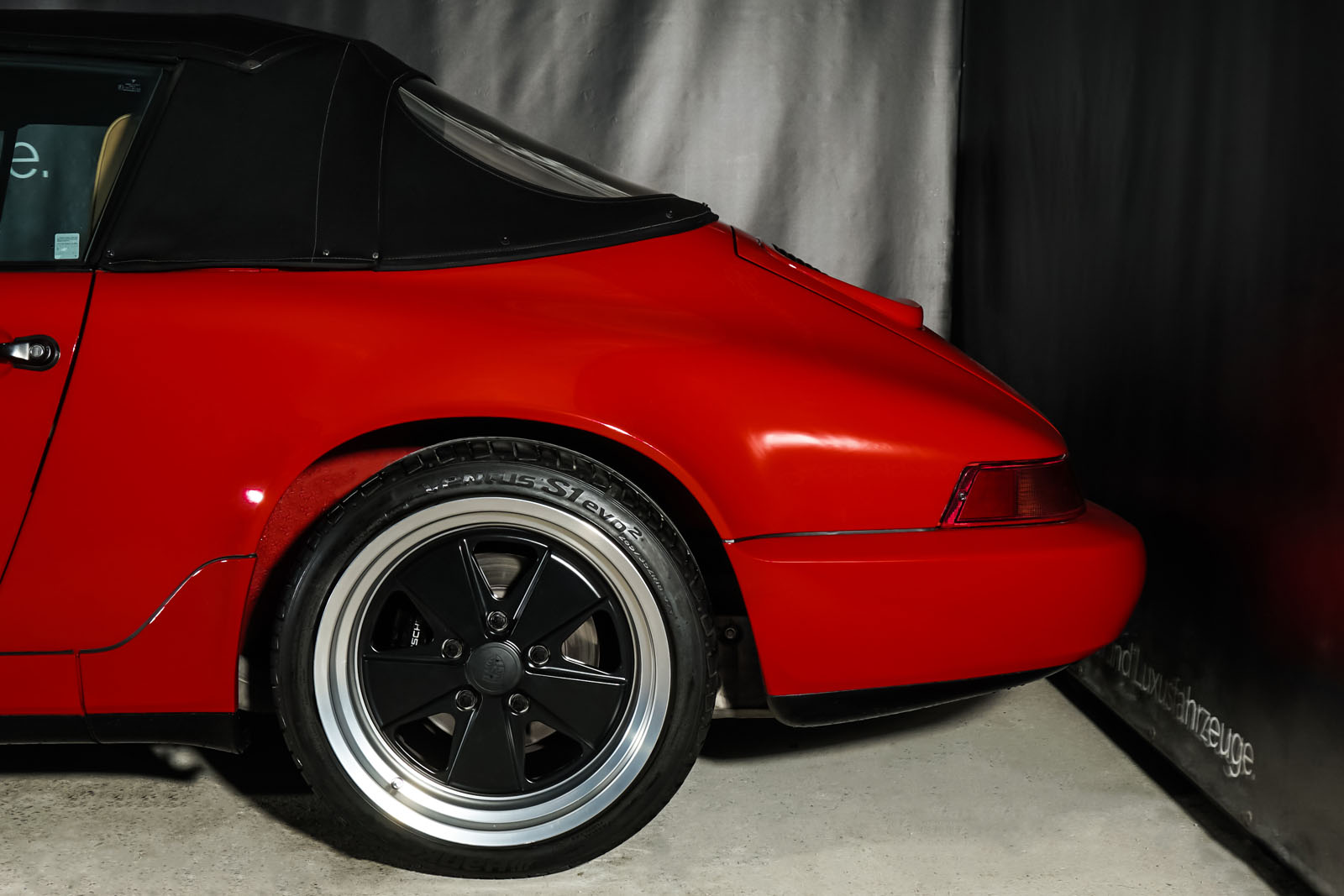Porsche_964_Cabrio_Rot_Beige_POR-0915_7_w