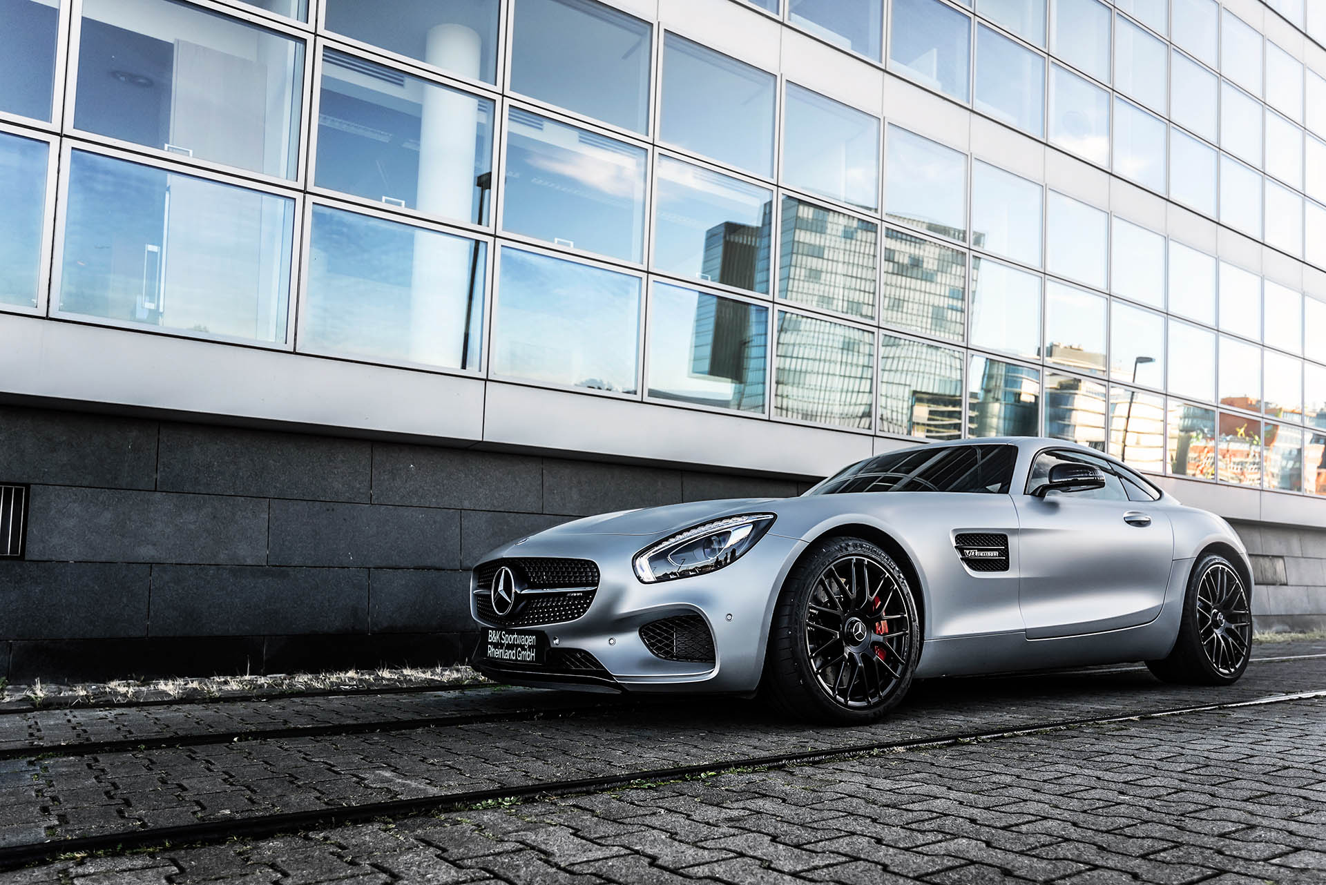 B+K_Sportwagen_Rheinland_GmbH_Mercedes_Benz_AMG_GTS_Silber_17