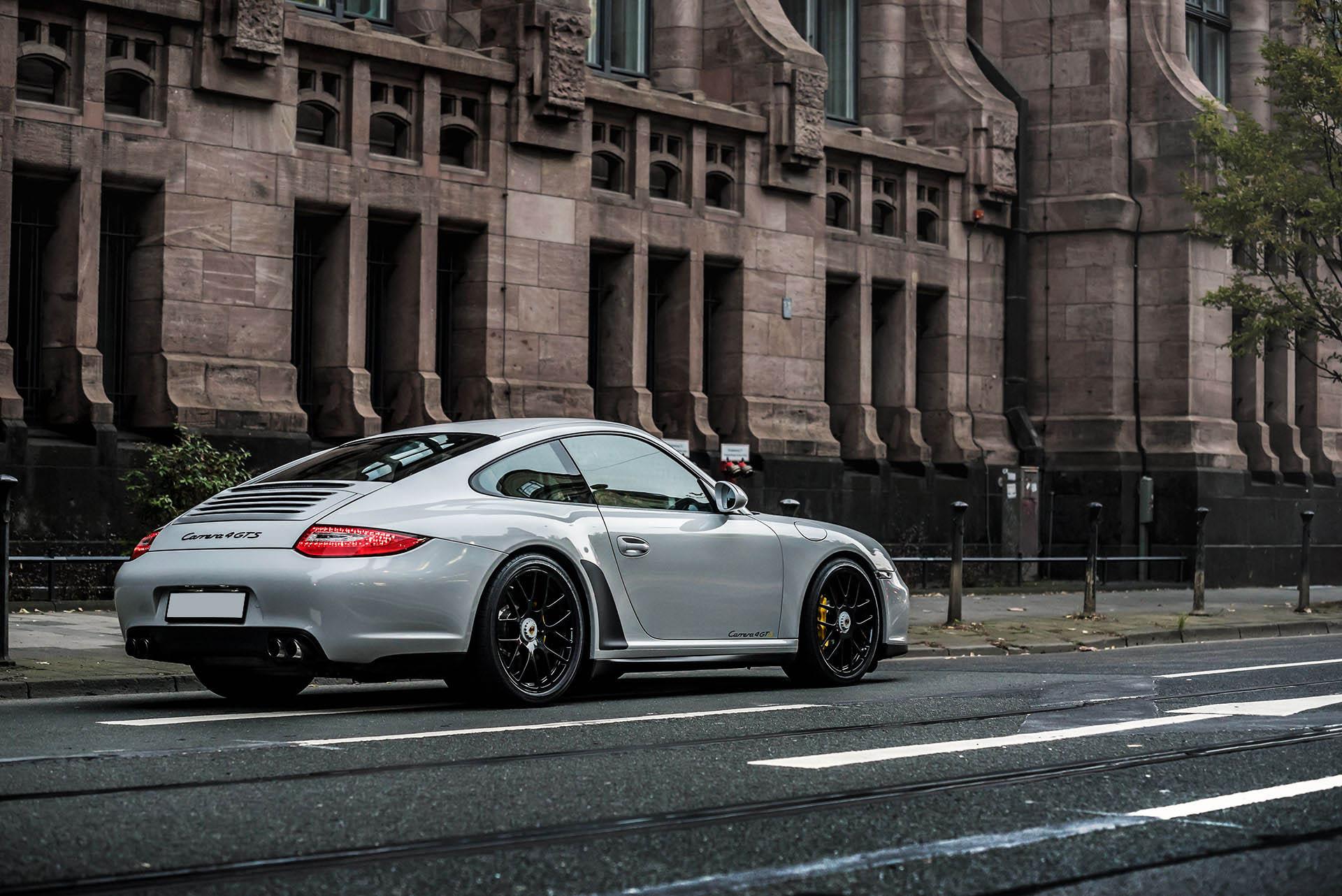 B&K_Sportwagen_Rheinland_GmbH_Porsche_997_4GTS_grau_17