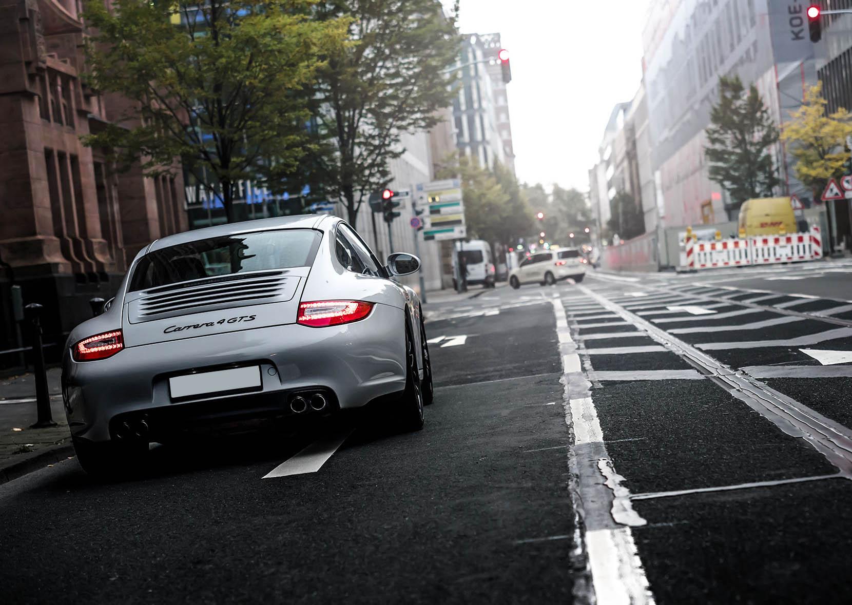 B&K_Sportwagen_Rheinland_GmbH_Porsche_997_4GTS_grau_18