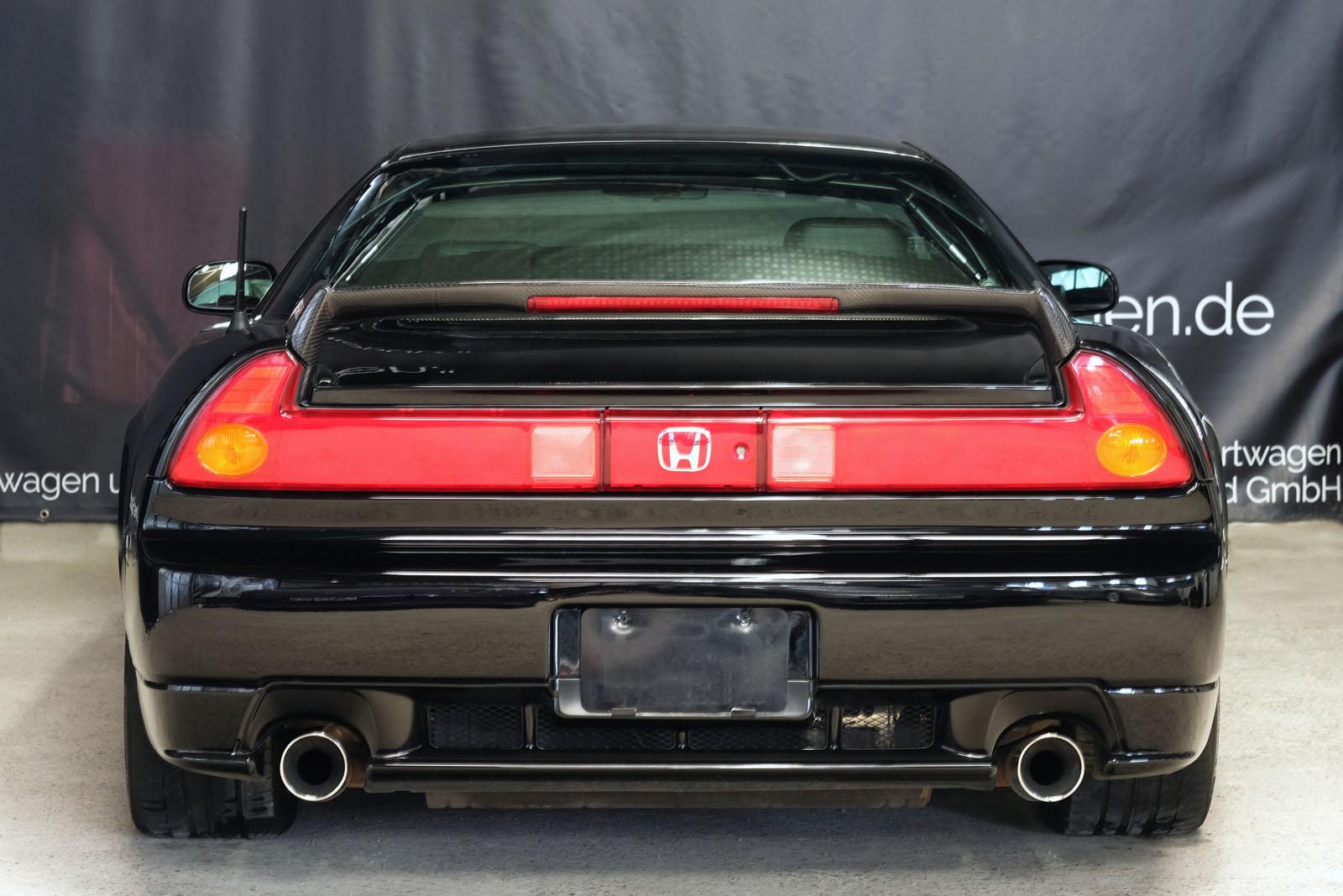 Honda_NSX_Schwarz_Schwarz_HON-0174_1_w