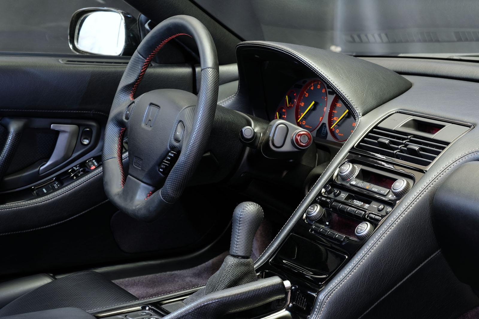 Honda_NSX_Schwarz_Schwarz_HON-0174_6_w