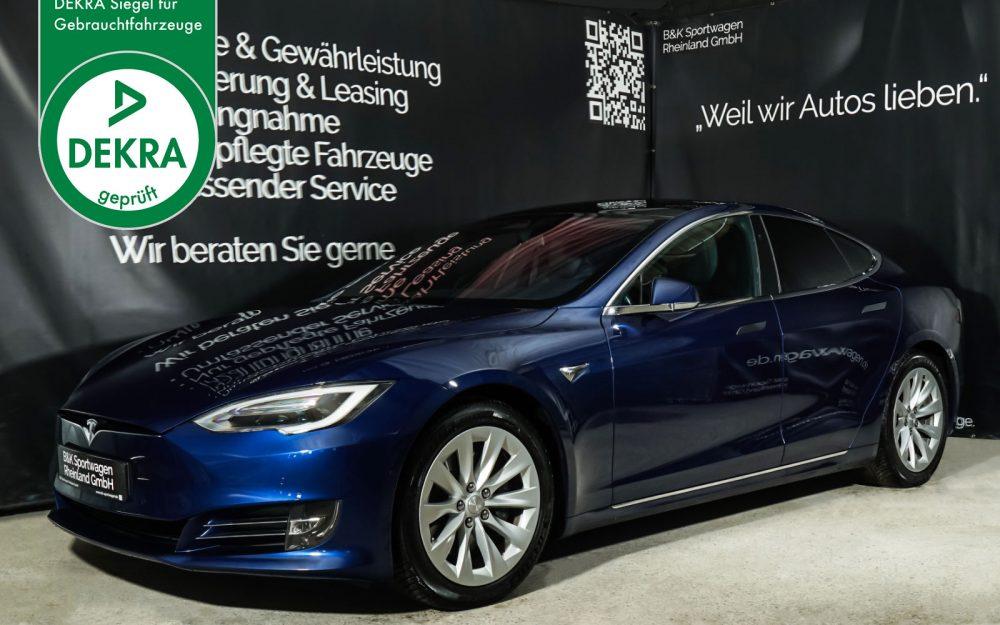 Tesla_ModelS_75RWD_Blau_Schwarz_TES-5563_Plakette_w
