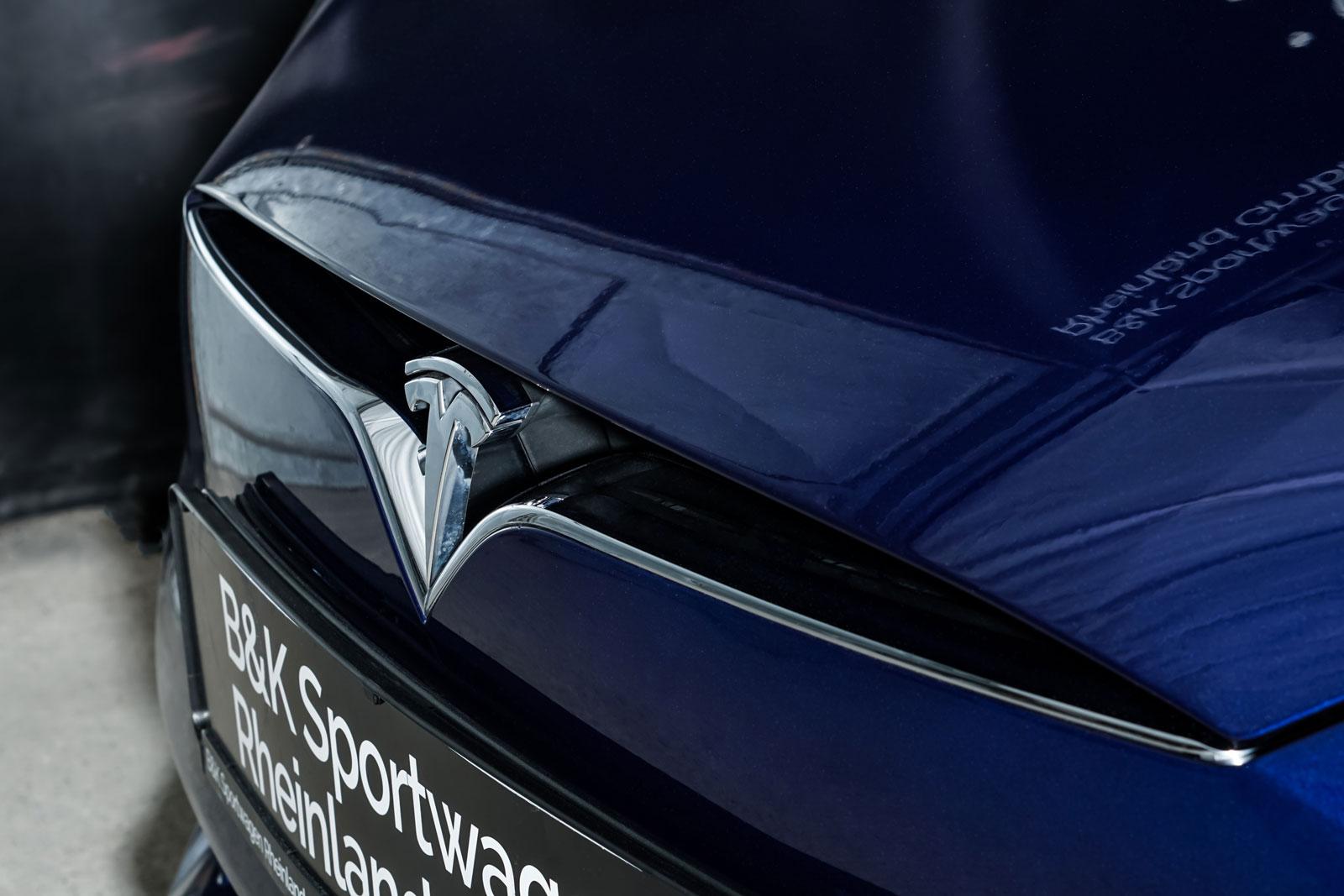 Tesla_ModelS_90D_Blau_Beige_TES-5091_12_w