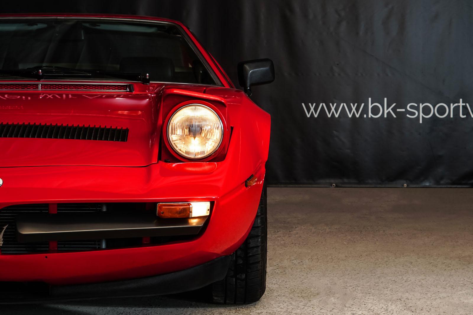 Maserati_Merak_Rot_Schwarz_MAS-4094_12_w