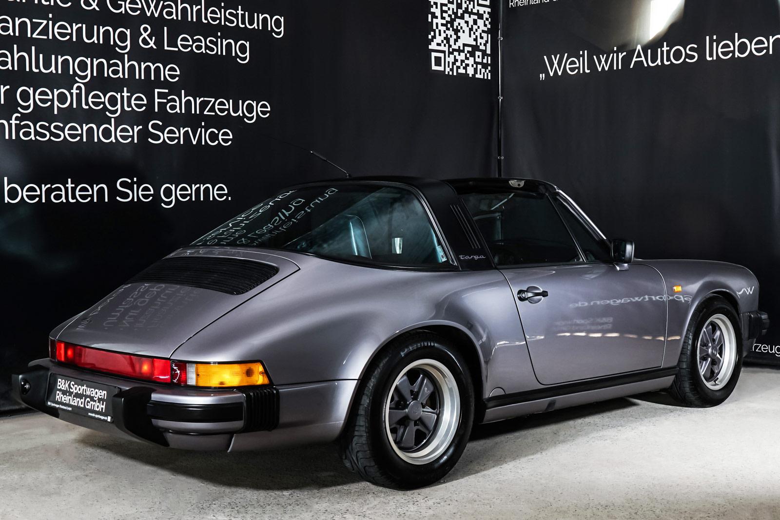 Porsche_911_Targa_Diamantblaumetallic_Blau_POR-0092_18_w