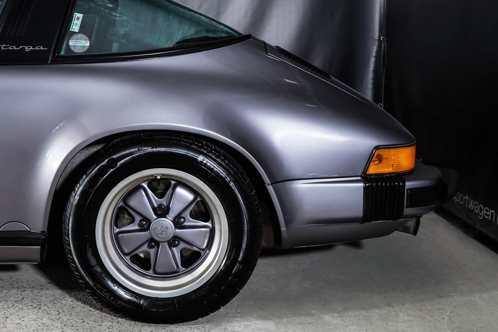 Porsche_911_Targa_Diamantblaumetallic_Blau_POR-0092_4_w
