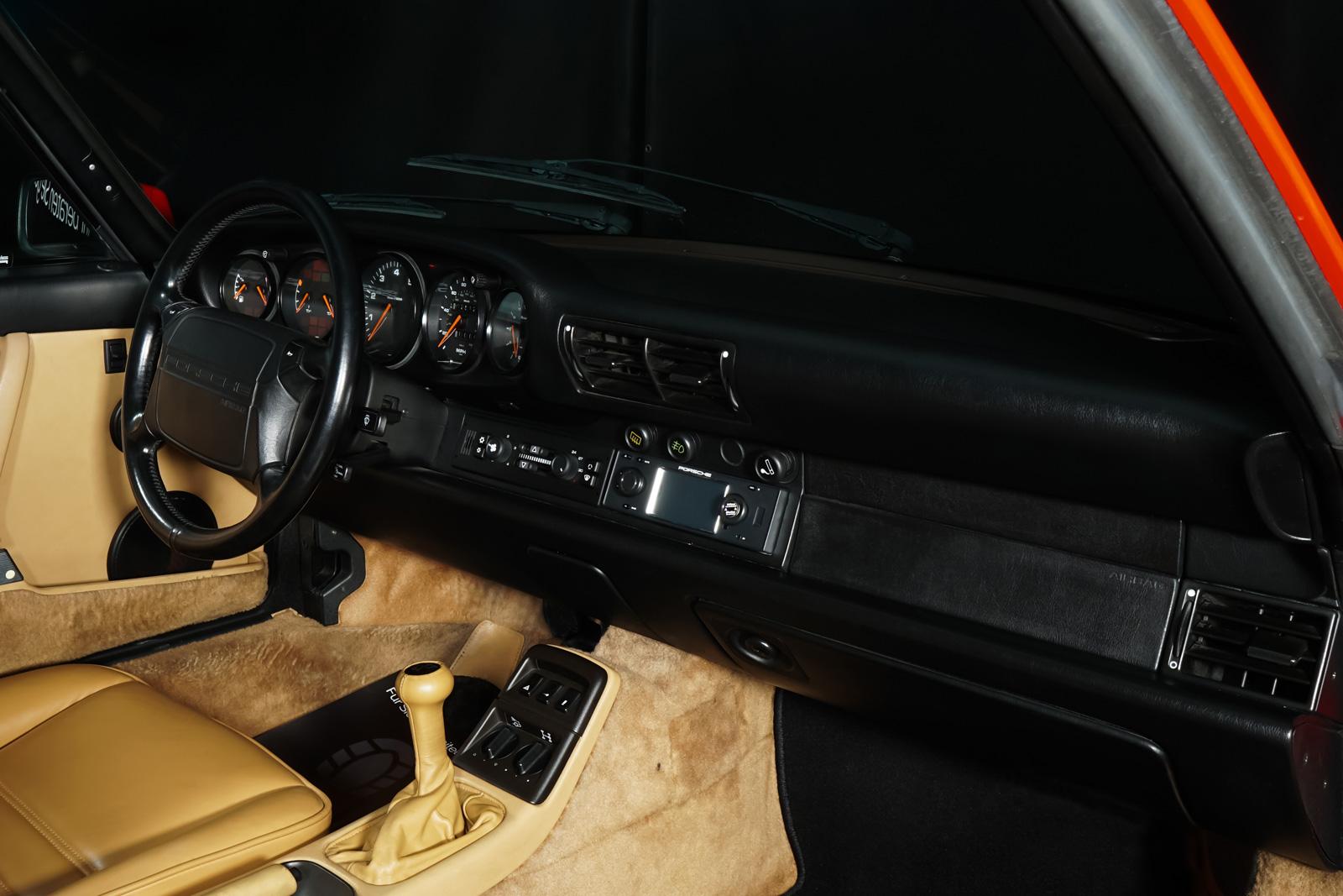 Porsche_964_Cabrio_Rot_Beige_POR-0915_16_w